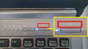 ノートパソコン電源ボタンの図